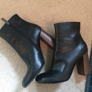 7 1/2 High Heel Booties!